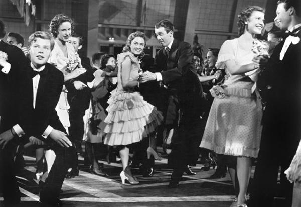 dance It's a Wonderful Life