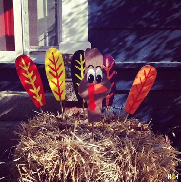 Turkey in the Straw DIY | Thanksgiving Decor by Hannah & Husband