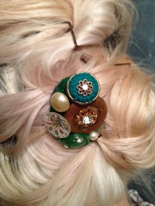 Vintage Button Hair Bobble How-To | Hannah & Husband