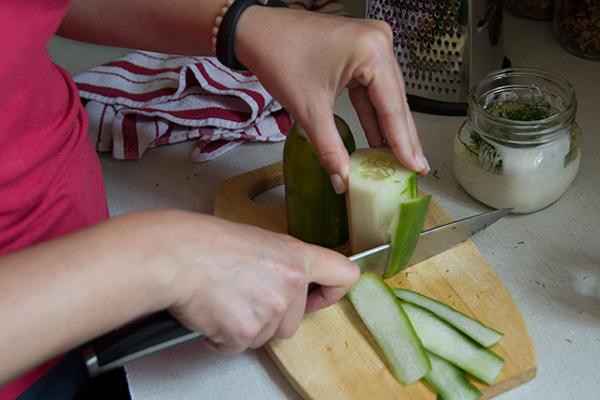 Cucumber Dill Dip | Hannah & Husband