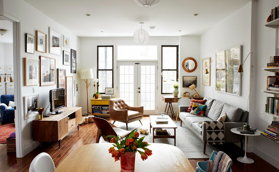 Click here to check out Joanna Goddard's beautiful Brooklyn home.