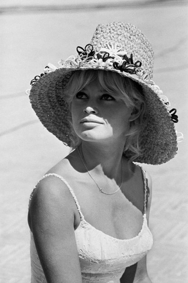 Brigitte Bardot,  The Blonde Commandments, Hannah & Husband